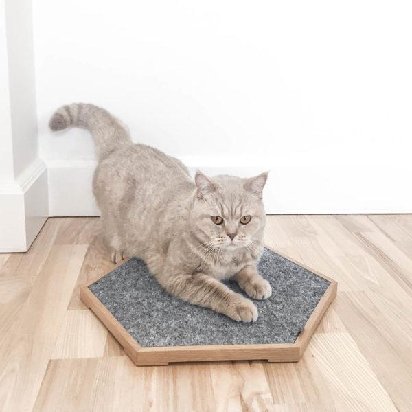 Griffoir pour les griffes du chat